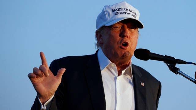 Media slam Trump birther event