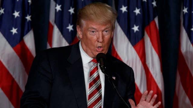 Trump rips media, moderators