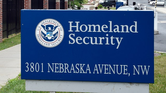 Report: Immigrants set for deportation granted citizenship