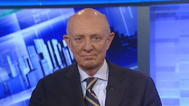 Woolsey discusses terror and the 2016 presidential race