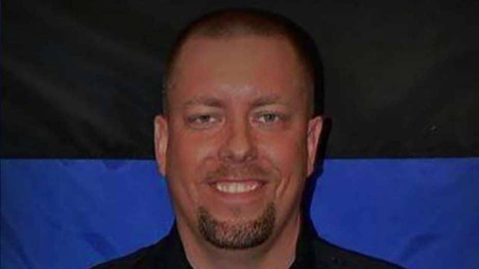 Off-duty cop shot, killed Minnesota mall attacker