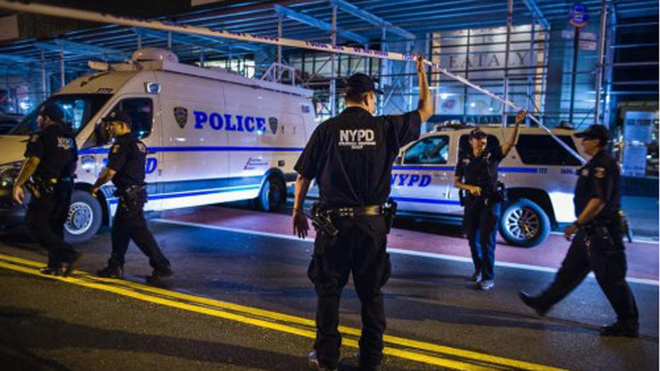 Did others know about the NY-NJ bombing suspect's plot?