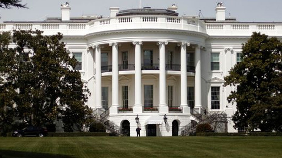 Halftime Report: The White House pay gap