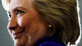 Clinton looking to hit Trump on tax returns