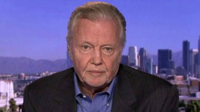 Jon Voight on why he's supporting Trump and Hollywood isn't