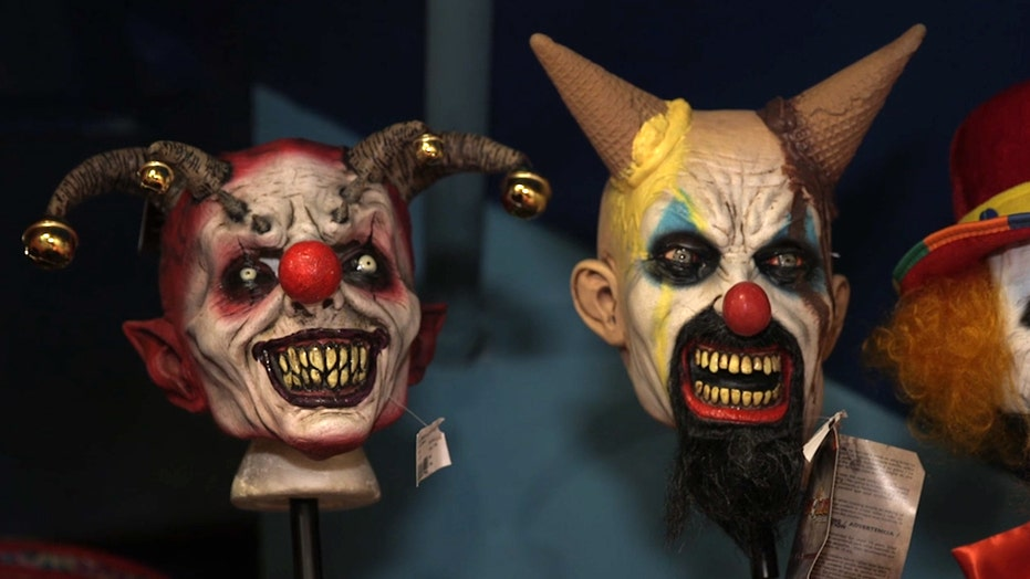 Creepy clowns are hurting real clowns