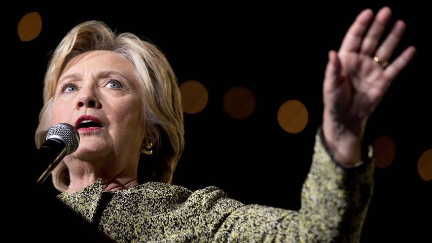 Hillary Clinton replied 'do not recall' at least 20 times to written questions about her email server