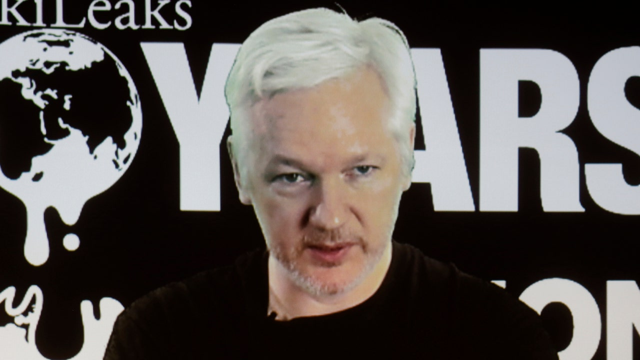 wikileaks says assange s internet link was severed by state party wikileaks says assange s internet link was severed by state party fox news