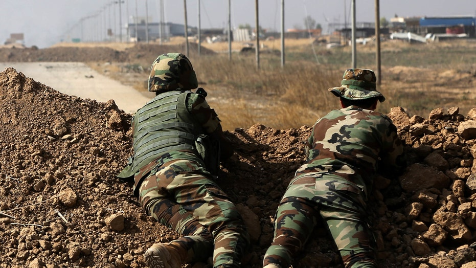 Iraqi troops pounding ISIS in effort to re-take Mosul