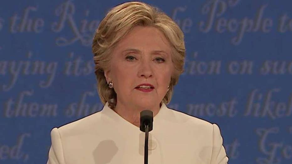 Hillary Clinton denies to pay-to-play allegations