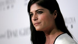 Fox411: Actress says wine and pills led to 'psychotic blackout'