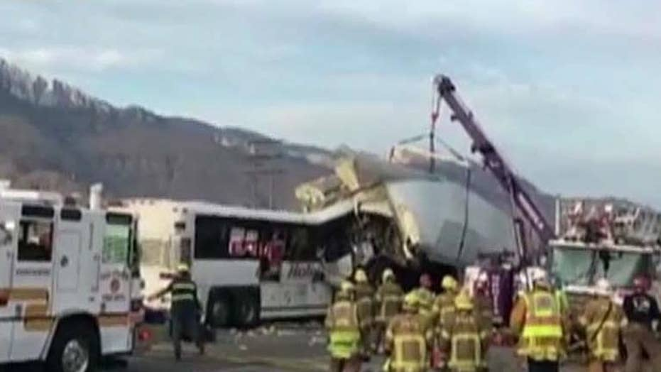 13 killed after casino tour bus smashes into big rig