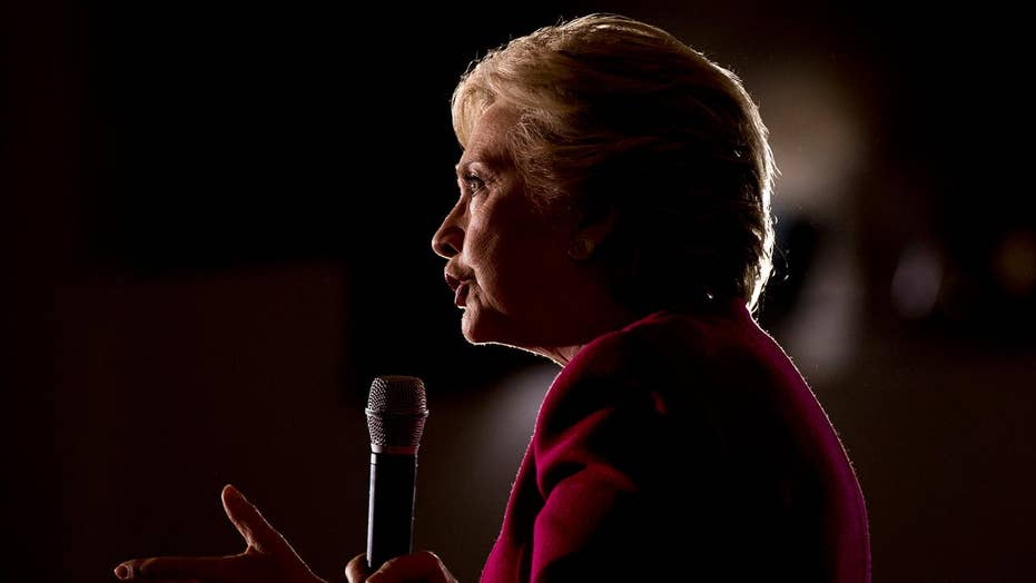 Clinton ramps up efforts to turn out minority voters in Fla.
