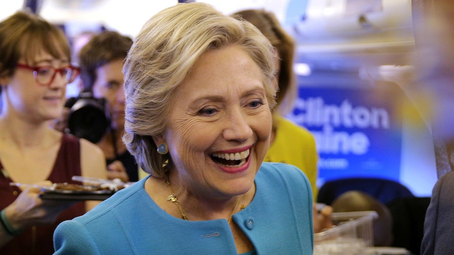 Clinton campaigns in Florida with celebrity chef Jose Andres