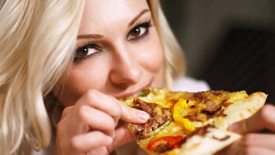 Is 'pizza porn' trendier than actual food porn?