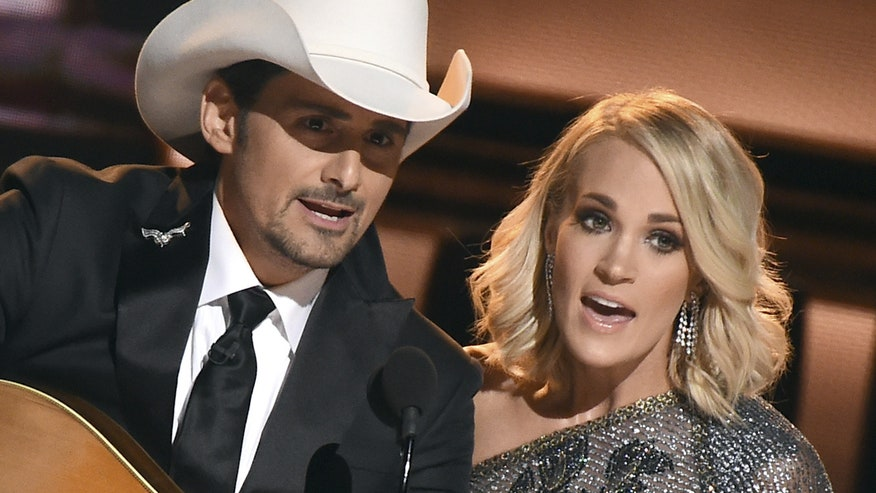411 Country: Hosts poke fun at election during country music awards show