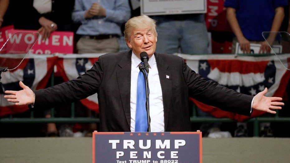 Trump goes after Clinton, DOJ in final battleground sprint