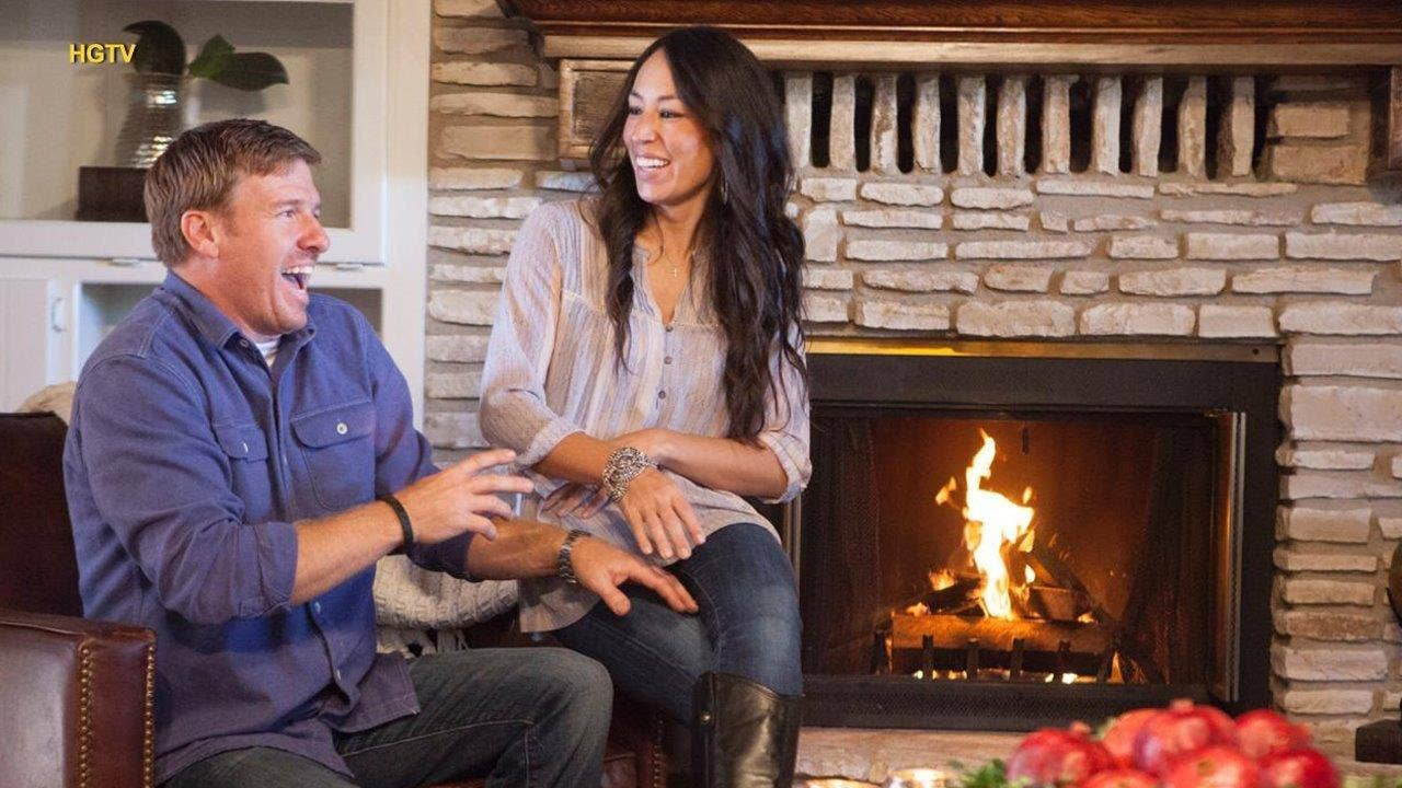 39 fixer upper 39 house hunting scenes are fake show participant claims fox news. Black Bedroom Furniture Sets. Home Design Ideas