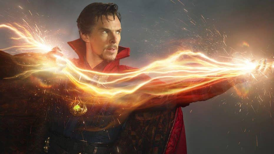 Why 'Doctor Strange' is mesmerizing critics