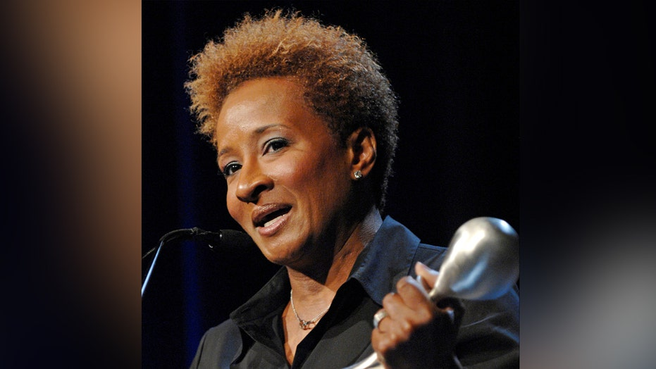 Comedian Wanda Sykes booed off stage for anti-Trump rant