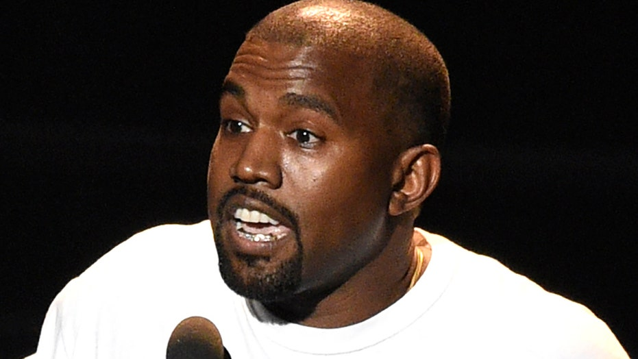 Kanye booed after saying he would've voted for Trump