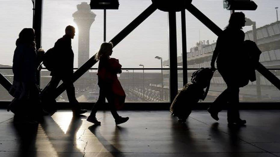 O'Hare Airport workers to begin strike after Thanksgiving