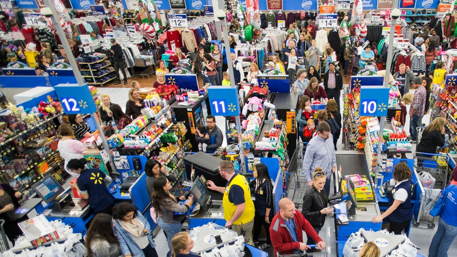 Deal hunters hit stores for the best Black Friday bargains