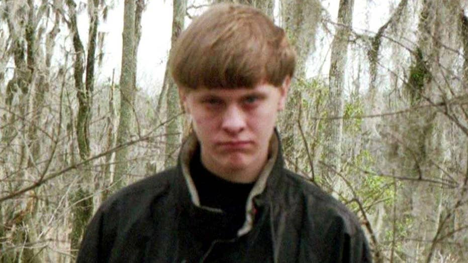 Judge rules Dylann Roof can represent himself at trial