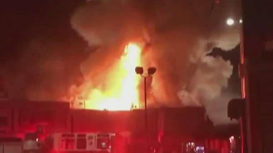 Report: At least 9 dead in Oakland warehouse fire