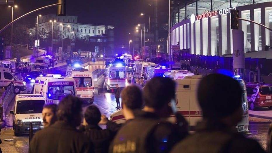 Two coordinated explosions target police in Turkey