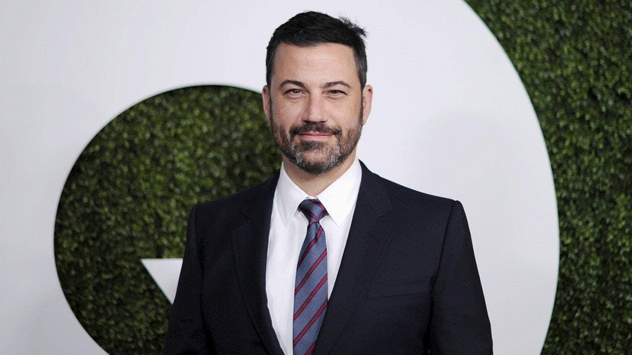 Jimmy Kimmel considering retiring from late night television