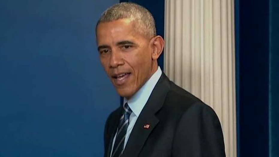 Obama blames media for Clinton loss