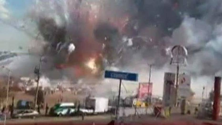 Massive explosion after fireworks ignite at market in Mexico