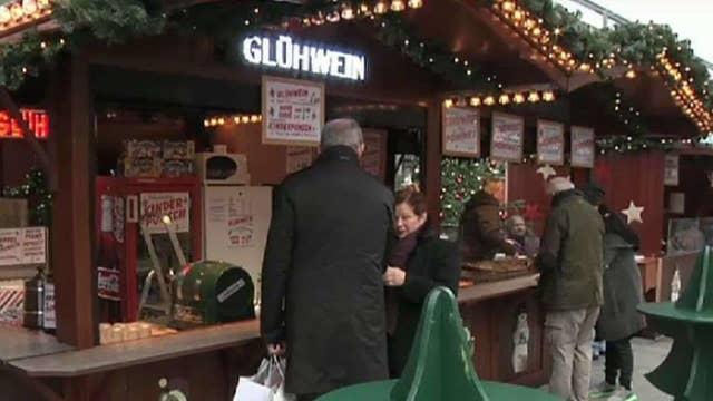 Berlin market reopens in sign of courage, defiance