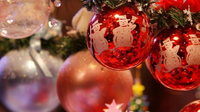 Tips to slow down and enjoy Christmas traditions