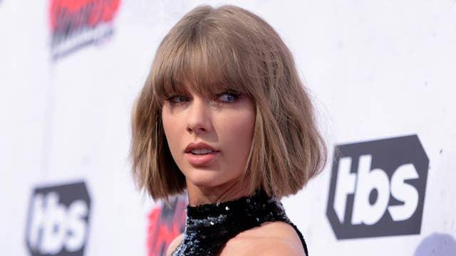 Taylor Swift surprises her oldest fan