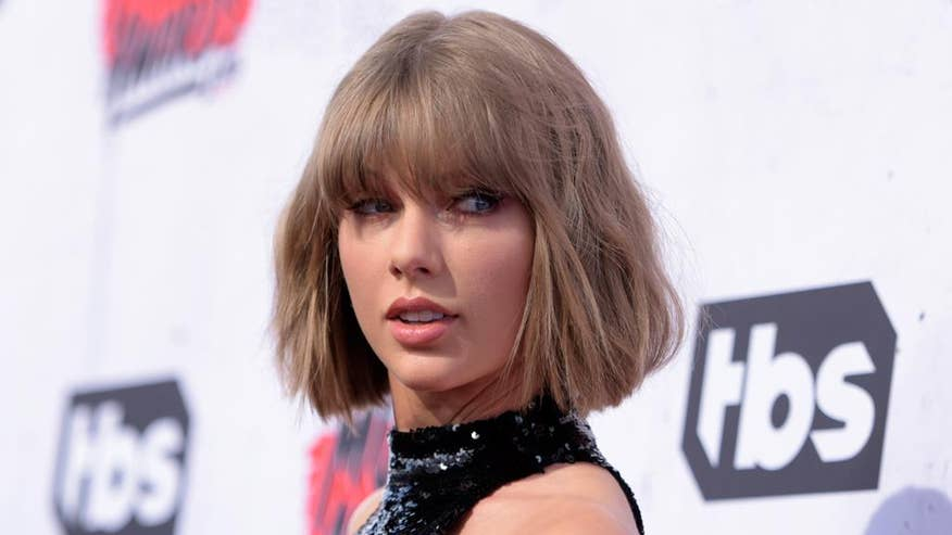 Fox 411: Taylor Swift pays a holiday visit to her oldest fan and his family