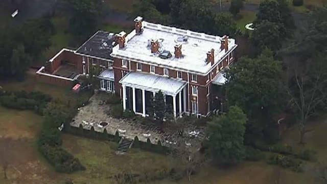US closes Russian compounds in Maryland, New York