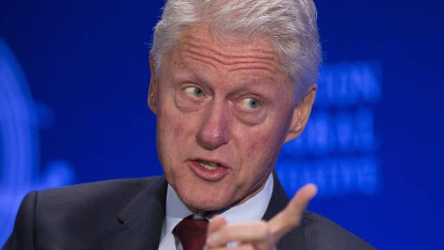 Bill Clinton works to recruit big donors for foundation