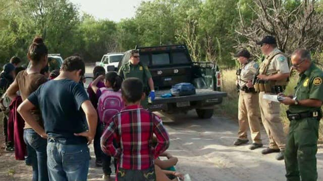 US grapples with massive surge illegal immigration