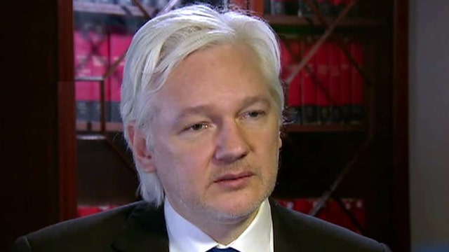 Assange on Clinton email leak: Our source is not Russia