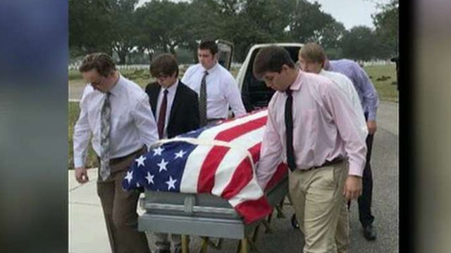 Teens serve as pallbearers for veteran with no family