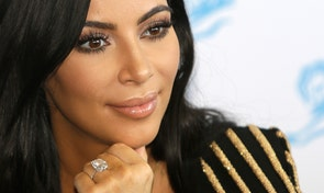 Thieves stole $10 million in jewelry after tying Kardashian up