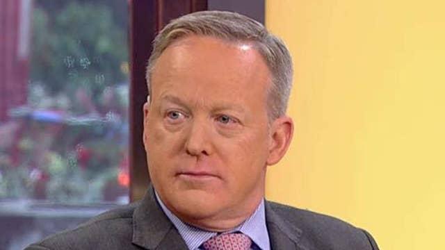Spicer: Washington press corps should be nervous