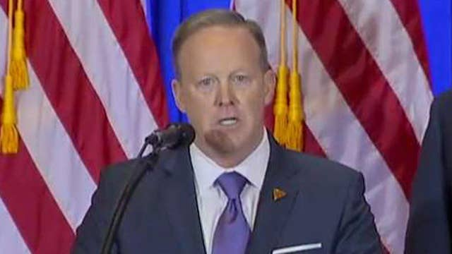 Spicer slams 'outrageous' BuzzFeed report as 'irresponsible'