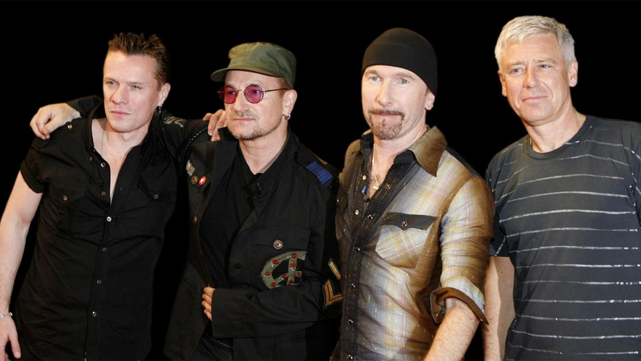 U2 delays new album release after Trump's win