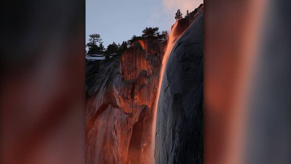 'Firefall' at Yosemite National Park leaves visitors in awe