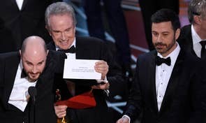 Wrong envelope given to presenters, 'La La Land' announced as winner instead of 'Moonlight'