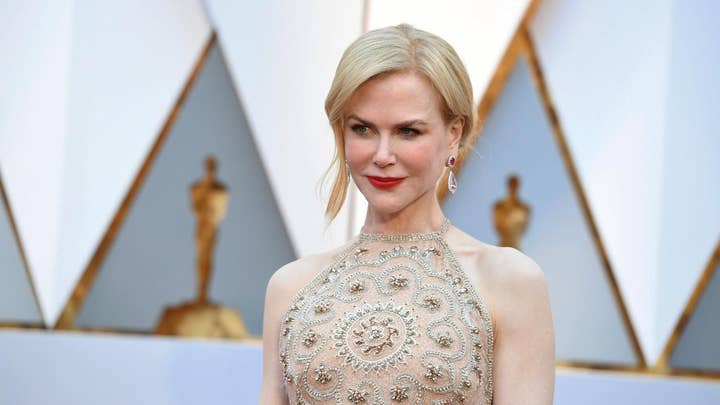Nicole Kidman's clapping the talk of Oscars?
