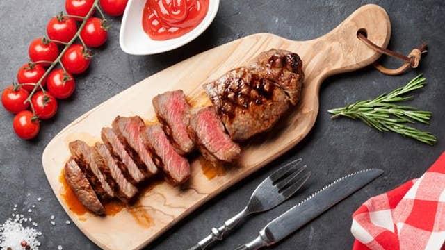 Does ketchup really ruin steak?